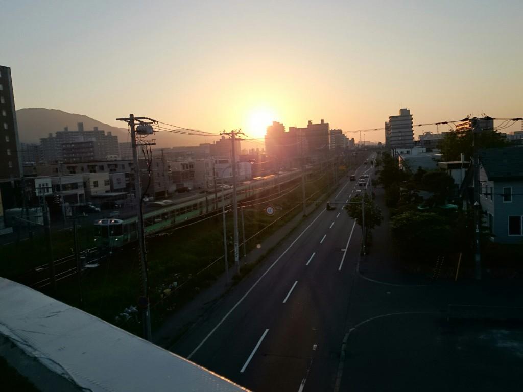 陸橋からの夕日