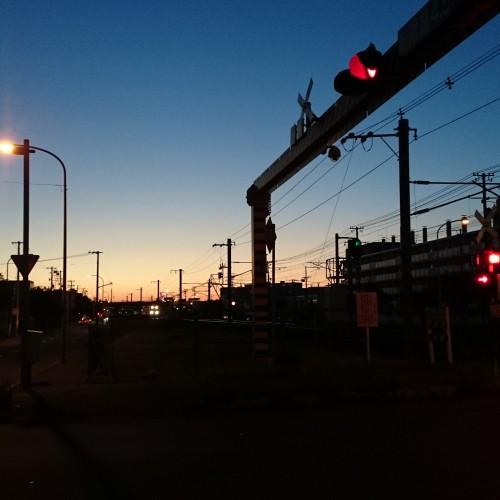 通勤途中の夕暮れ