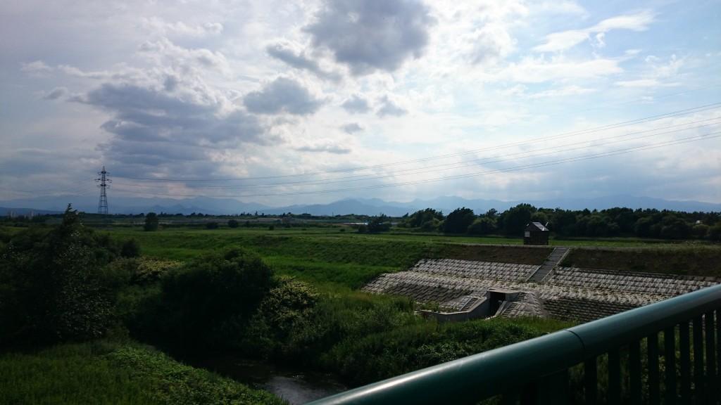 クロスバイクで江別までのサイクリングで、雲がキレイだった