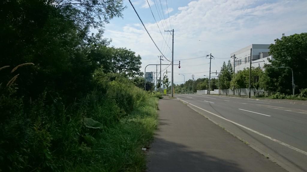 クロスバイクでのサイクリングでようやく札幌のカントリーサインを見つけた