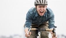 クロスバイクにヘルメットの必要性は、自分が必要だと感じたら。